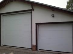 Garagentore als Deckensektionaltore für Wohnmobil und PKW