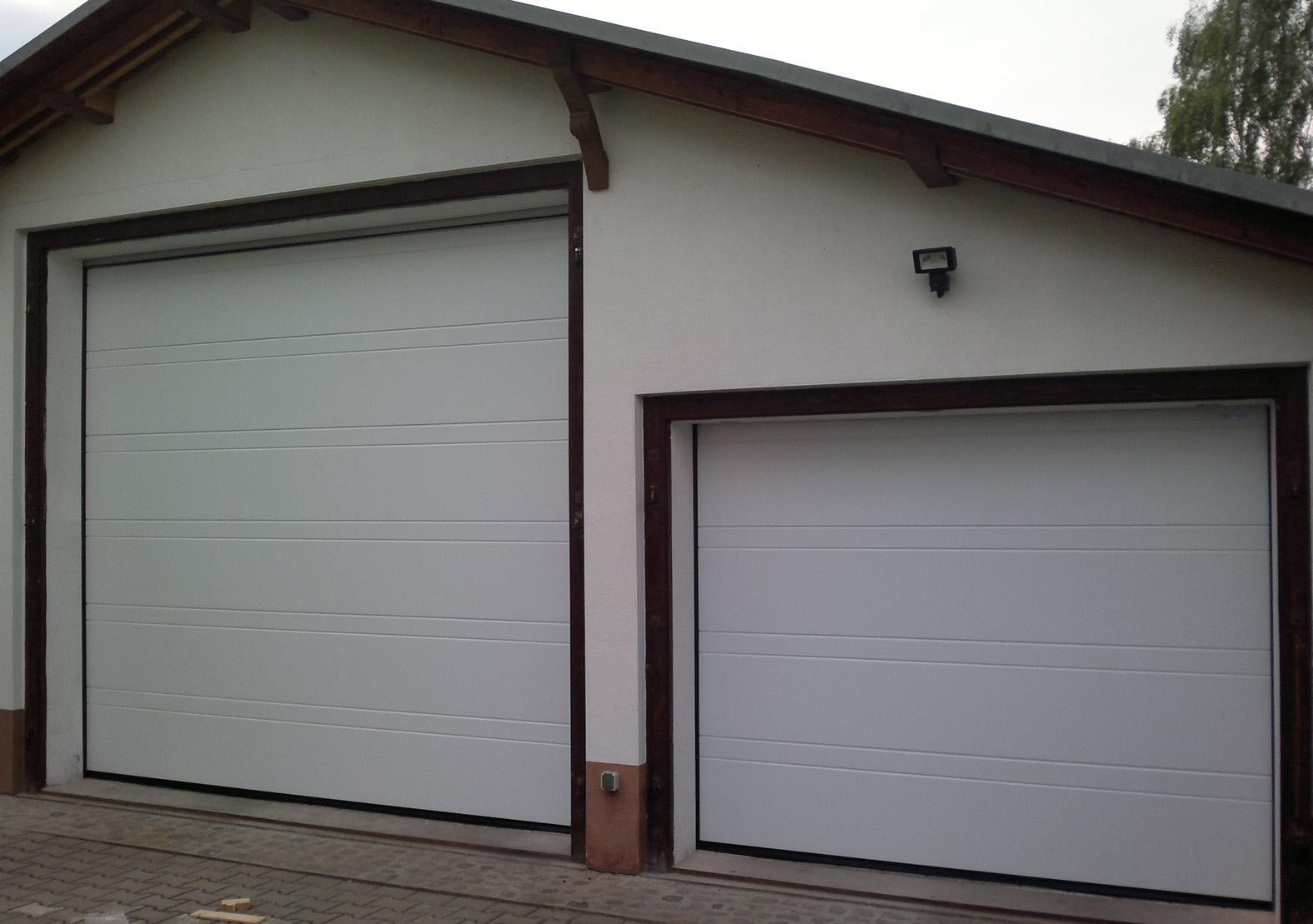 Hersteller Garagentore 2 garagentore als deckensektionaltore für wohnmobil und pkw tor1a